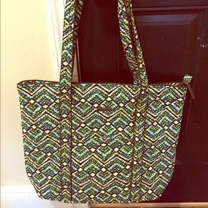 Vera Bradley Vera Tote in Rainforest
